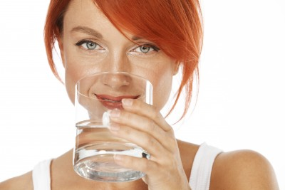Meredith-Kimelblatt_photo-woman-drinking-water