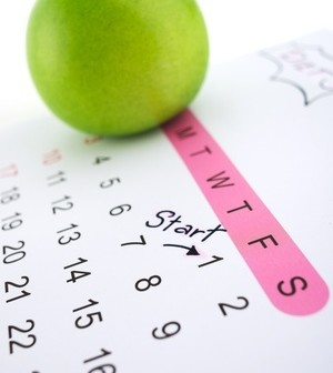 calendar wtih start written on date and apple on top